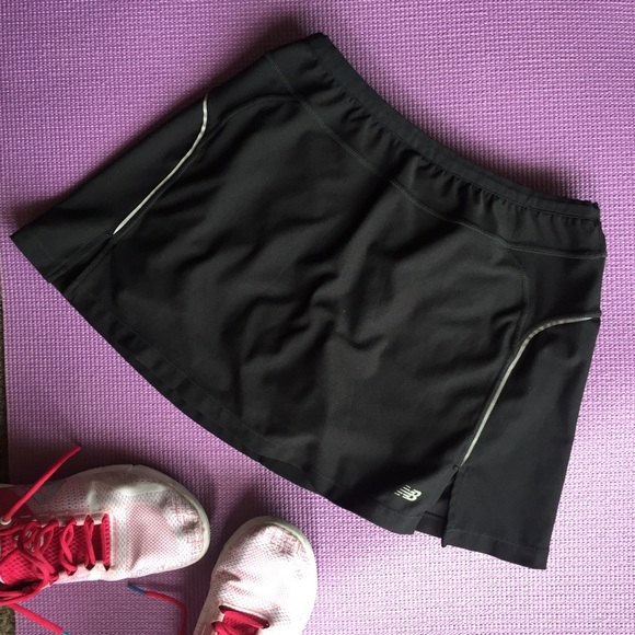 New Balance Pants - Like new! New Balance activewear skort